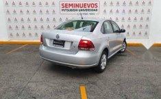 Volkswagen Vento 2014 4p Active L4/1.6 Aut-11