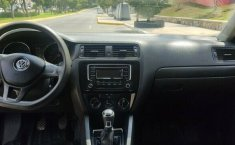 VW JETTA 2016 ESTANDAR 2.0 LT IMPECABLE-4