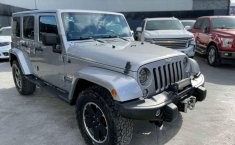 Jeep Wrangler 2014 en buena condicción-10