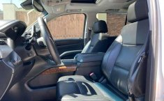 Chevrolet Suburban Premier at 4x4 factura original-4