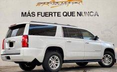 Auto Chevrolet Suburban LT 2017 de único dueño en buen estado-6