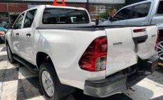 Se pone en venta Toyota Hilux 2018-5
