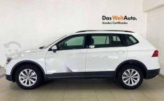 Volkswagen Tiguan 2020 5p Trendline plus 1.4 L4/1.-7