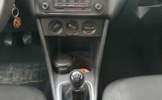 Volkswagen Vento 2014 4p Active L4/1.6 Aut-7