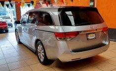 Auto Honda Odyssey EX 2014 de único dueño en buen estado-6