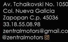 Auto Chevrolet Suburban LT 2017 de único dueño en buen estado-4