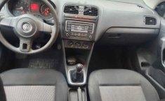 Volkswagen Vento 2014 4p Active L4/1.6 Aut-4