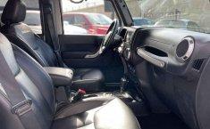 Jeep Wrangler 2014 en buena condicción-6