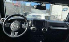Jeep Wrangler 2014 en buena condicción-5