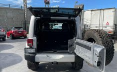Jeep Wrangler 2014 en buena condicción-4
