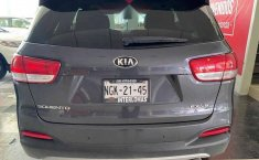 Kia Sorento 2016 5p EX PACK, V6 TA Piel QCP GPS 7-3
