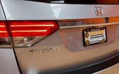 Auto Honda Odyssey EX 2014 de único dueño en buen estado-3