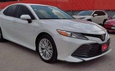Se vende urgemente Toyota Camry 2019 en Tlalnepantla-0