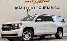 Auto Chevrolet Suburban LT 2017 de único dueño en buen estado-0