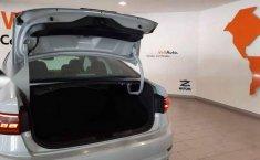 Volkswagen Jetta 2019 4p Highline L4/1.4/T Aut-4