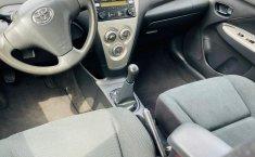 Toyota Yaris 2015 en buena condicción-14