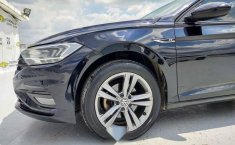 Volkswagen Jetta 2019 4p R-Line L4/1.4/T Aut-12