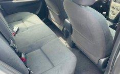 Toyota Yaris 2015 en buena condicción-13