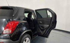 Se pone en venta Chevrolet Trax 2014-26