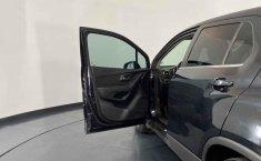 Se pone en venta Chevrolet Trax 2014-23