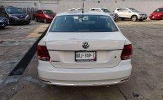 Pongo a la venta cuanto antes posible un Volkswagen Vento en excelente condicción-11