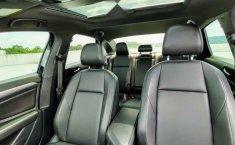 Volkswagen Jetta 2019 4p R-Line L4/1.4/T Aut-6