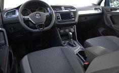 Se vende urgemente Volkswagen Tiguan Trendline Plus 2020 en Puebla-3