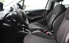 Pongo a la venta cuanto antes posible un Peugeot 208 en excelente condicción-13