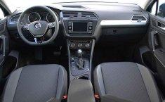 Se vende urgemente Volkswagen Tiguan Trendline Plus 2020 en Puebla-1
