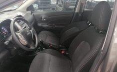 Se pone en venta Nissan Versa Advance 2019-4