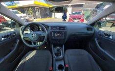 Venta de Volkswagen Jetta 2.0 2017 usado Automática a un precio de 200000 en Celaya-2