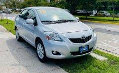 Toyota Yaris 2015 en buena condicción-1