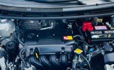Toyota Yaris 2015 en buena condicción-0