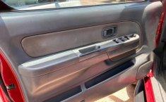 Nissan Frontier 4x4 v6 automática-10