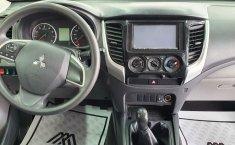 Mitsubishi L200 2018 barato en Monterrey-13