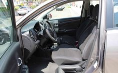 Nissan Versa 2012 4p Advance 5vel-12