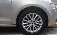 Se vende urgemente Volkswagen Jetta Sport 2014 en Amozoc-6
