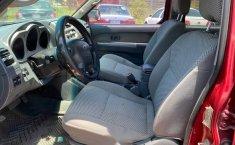 Nissan Frontier 4x4 v6 automática-8