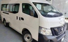 Auto Nissan Urvan 2021 de único dueño en buen estado-5