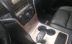 Auto Jeep Grand Cherokee 2015 de único dueño en buen estado-1