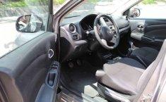 Nissan Versa 2012 4p Advance 5vel-5