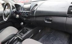 Mitsubishi L200 2015 en buena condicción-6