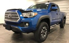 Toyota Tacoma TRD Sport 2016 impecable en Tecate-0