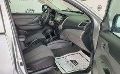 Mitsubishi L200 2018 barato en Monterrey-2