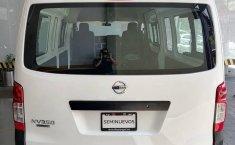 Auto Nissan Urvan 2021 de único dueño en buen estado-0