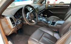 Pongo a la venta cuanto antes posible un Porsche Cayenne en excelente condicción-12