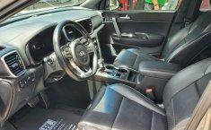 Pongo a la venta cuanto antes posible un Kia Sportage en excelente condicción-5
