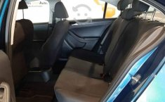 Volkswagen Jetta 2018 4p L4/2.0 Aut-2