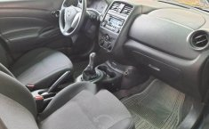 Nissan Versa Sense único dueño-8