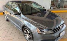 Auto Volkswagen Jetta Trendline 2017 de único dueño en buen estado-17